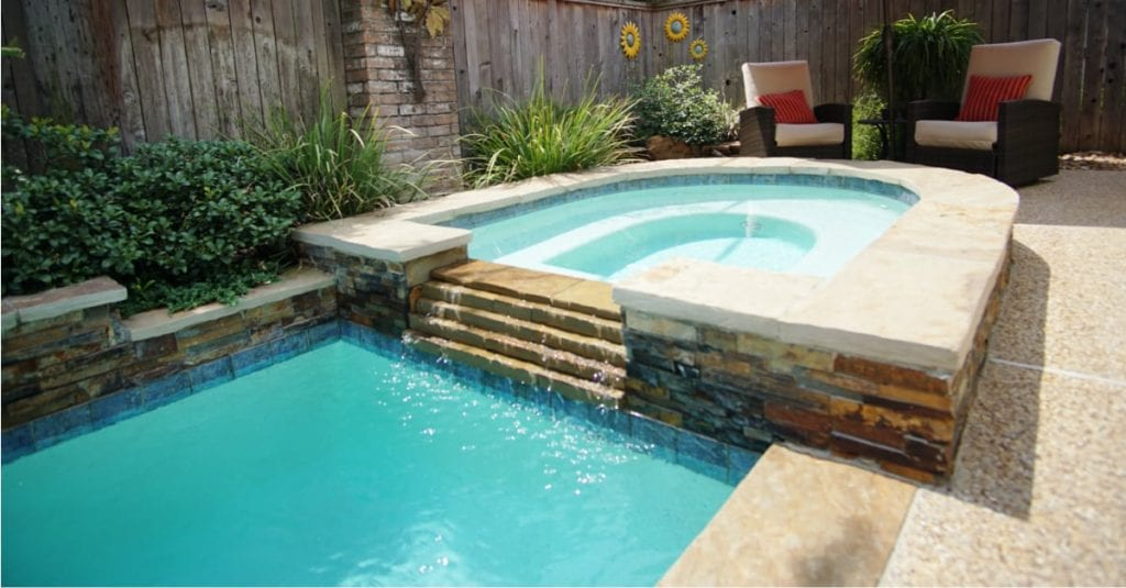 5 Signs That It's Time for Pool Remodeling