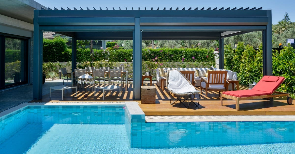 Tempting Covered Outdoor Living Spaces