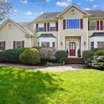 1 Jordanna Ct, Bedminster, NJ 07921