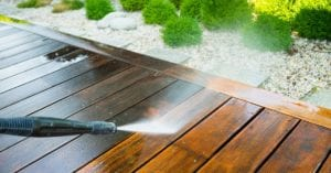 5 Crucial Tips For Successful Deck Staining